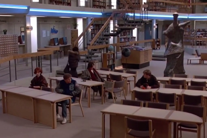 The library of Shermer High School was actually a set created in the gymnasium of Maine North High School.